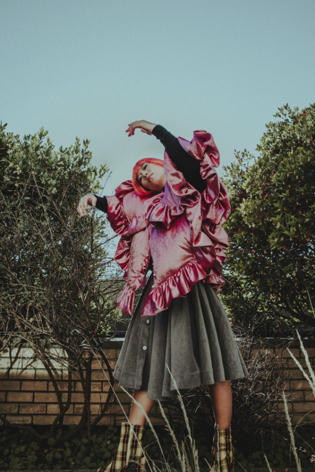 Fashion-editorial-with-maison-birks-and-laurence-and-chico-in-french-style-waring pink-coat